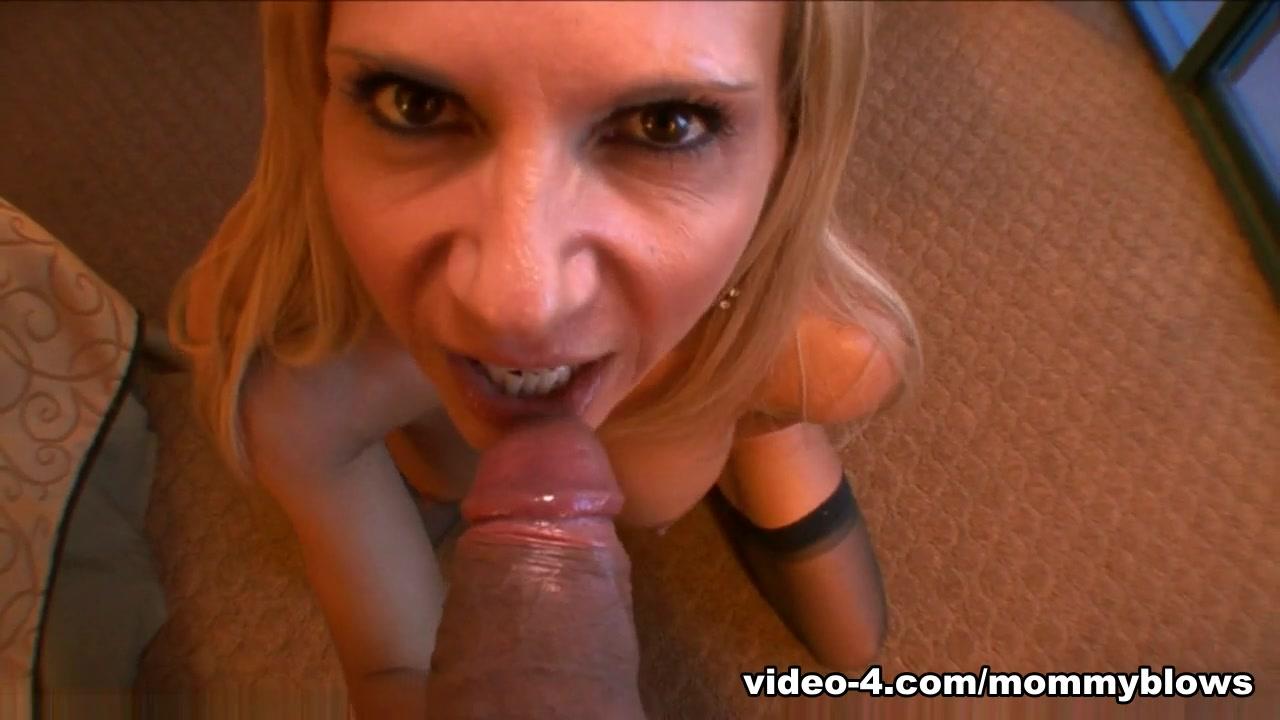 Good Video 18+ Cougar tits