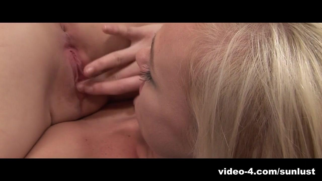 Lesbie fuckuf orgasam movil