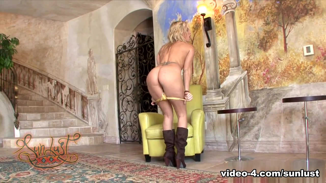 xXx Galleries Grandma handjob porn