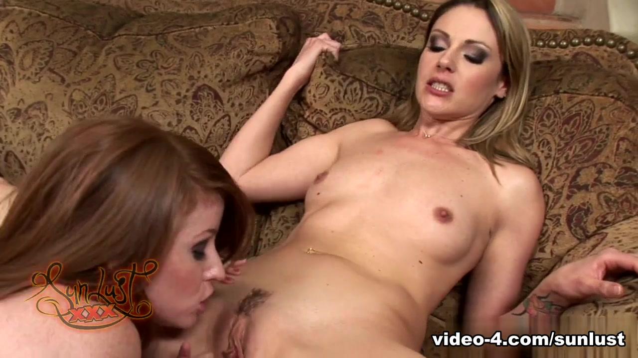 Sext clit Lesbiyen masturbatian