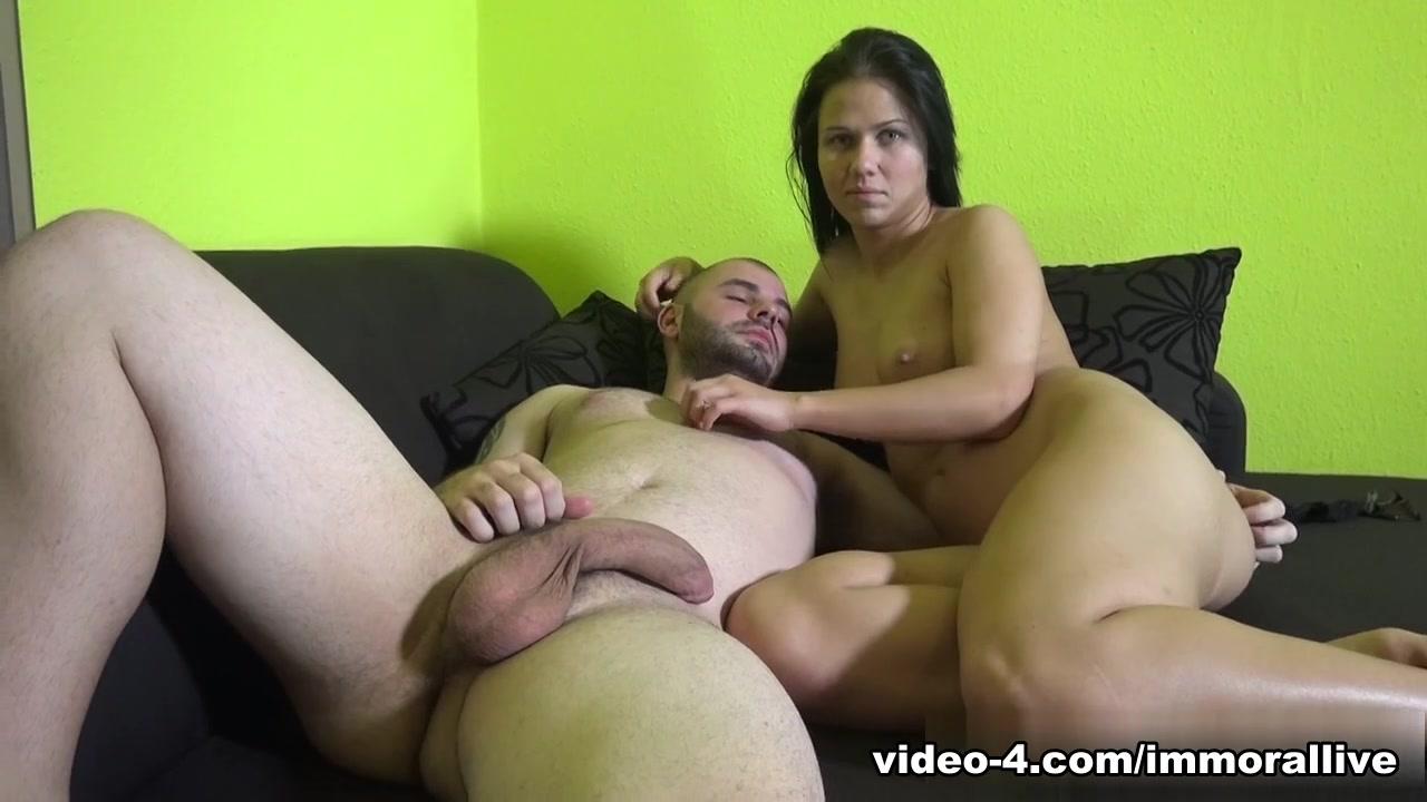 two girls one guy double blowjob New xXx Pics