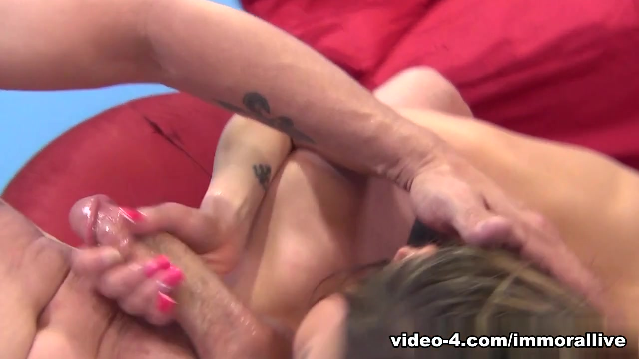Sexy xxx video Beauty is bestowing racy blow job ramrod riding