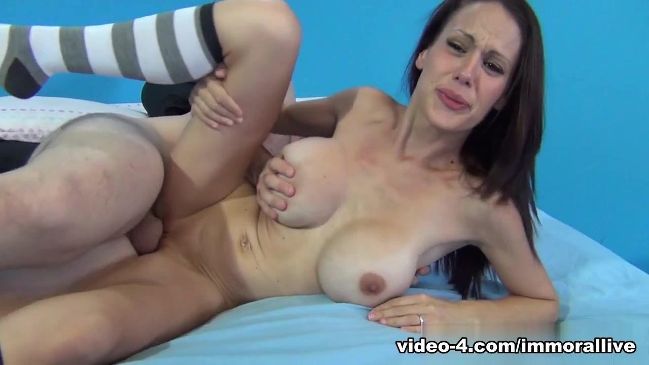 Sexy Galleries Amateur big tits interracial