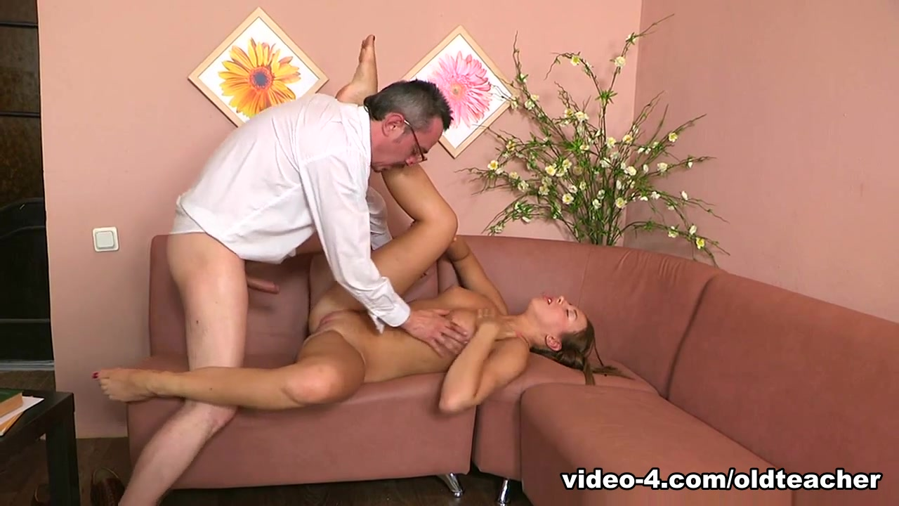 Sexy Video College coach dating student