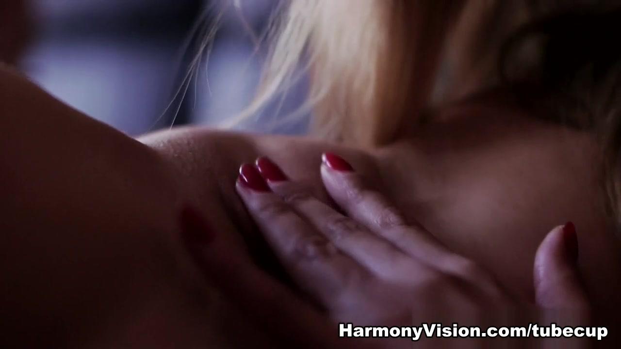 Pron Videos High heels porn pictures