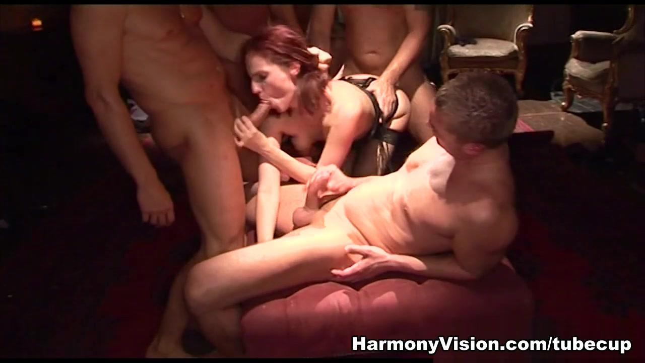 Asian Girl Hot Massage Nude photos