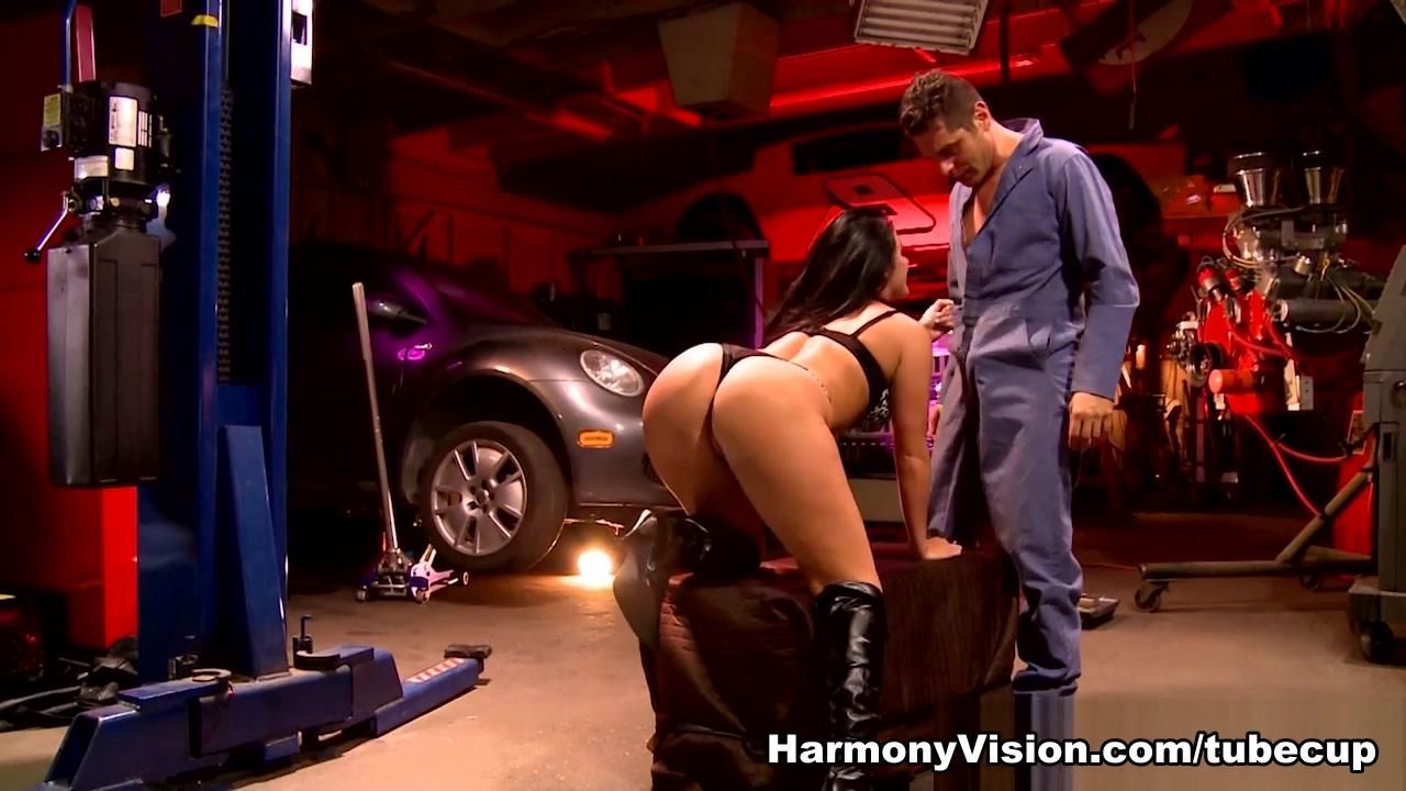 alana haim dating Good Video 18+