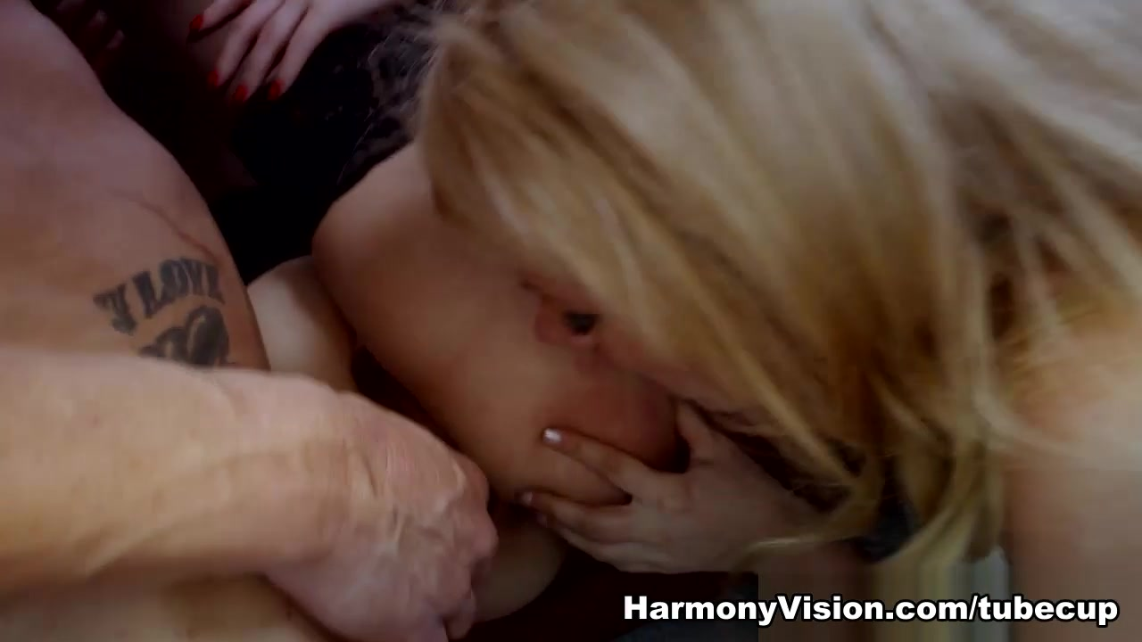 What do hot girls look like New xXx Video