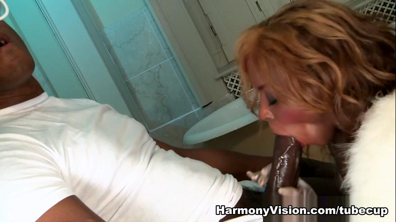Amature lesbian video Sexy Video