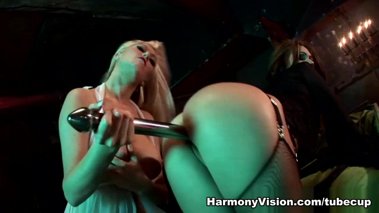 Hot Nude Femme fontaine escort paris