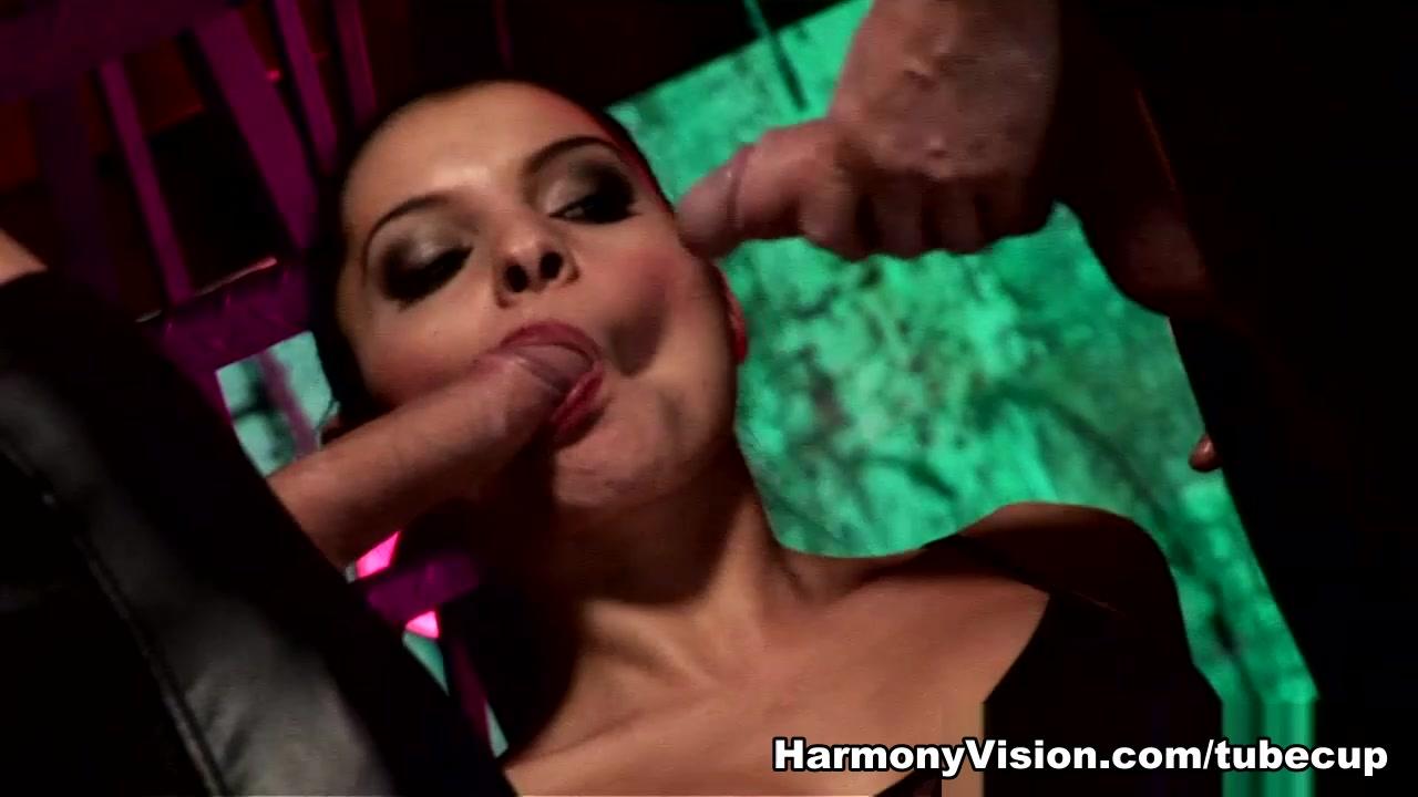 Sexy Photo Free dating site like ashley madison