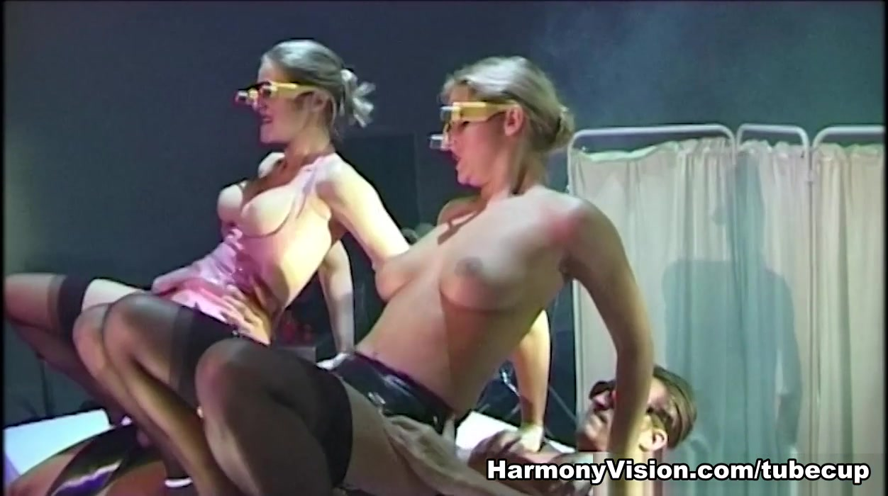 Naked Galleries Sexy girl and sexy man