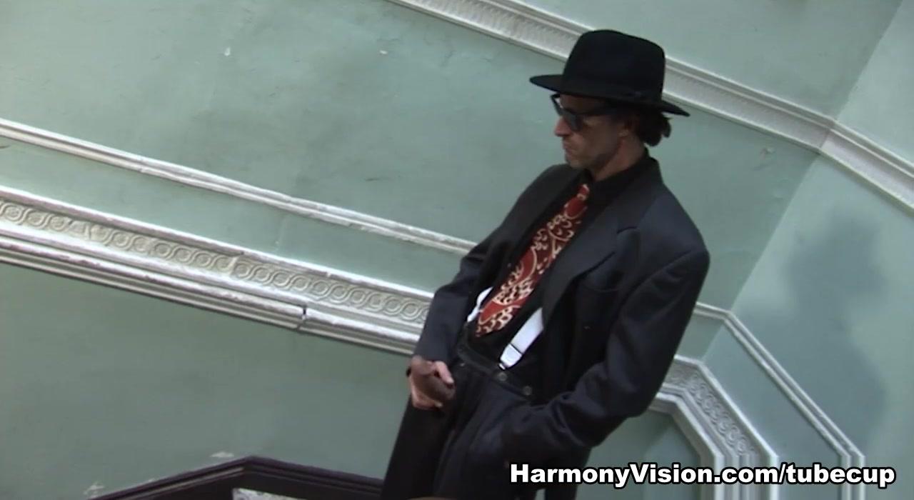 xXx Videos Brighton hobart