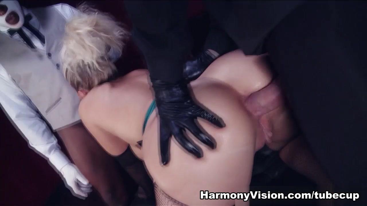 Erotic undressing videos Porn pic