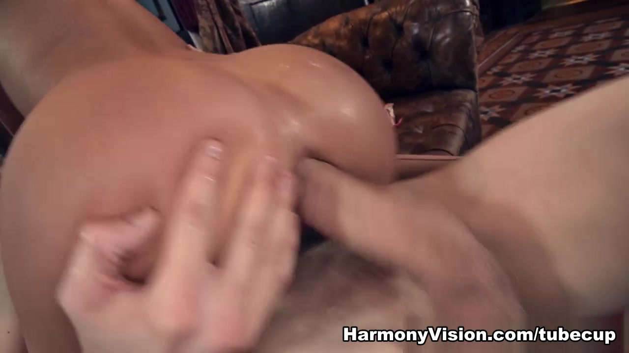 New xXx Video German bbw fucking herself with dildo
