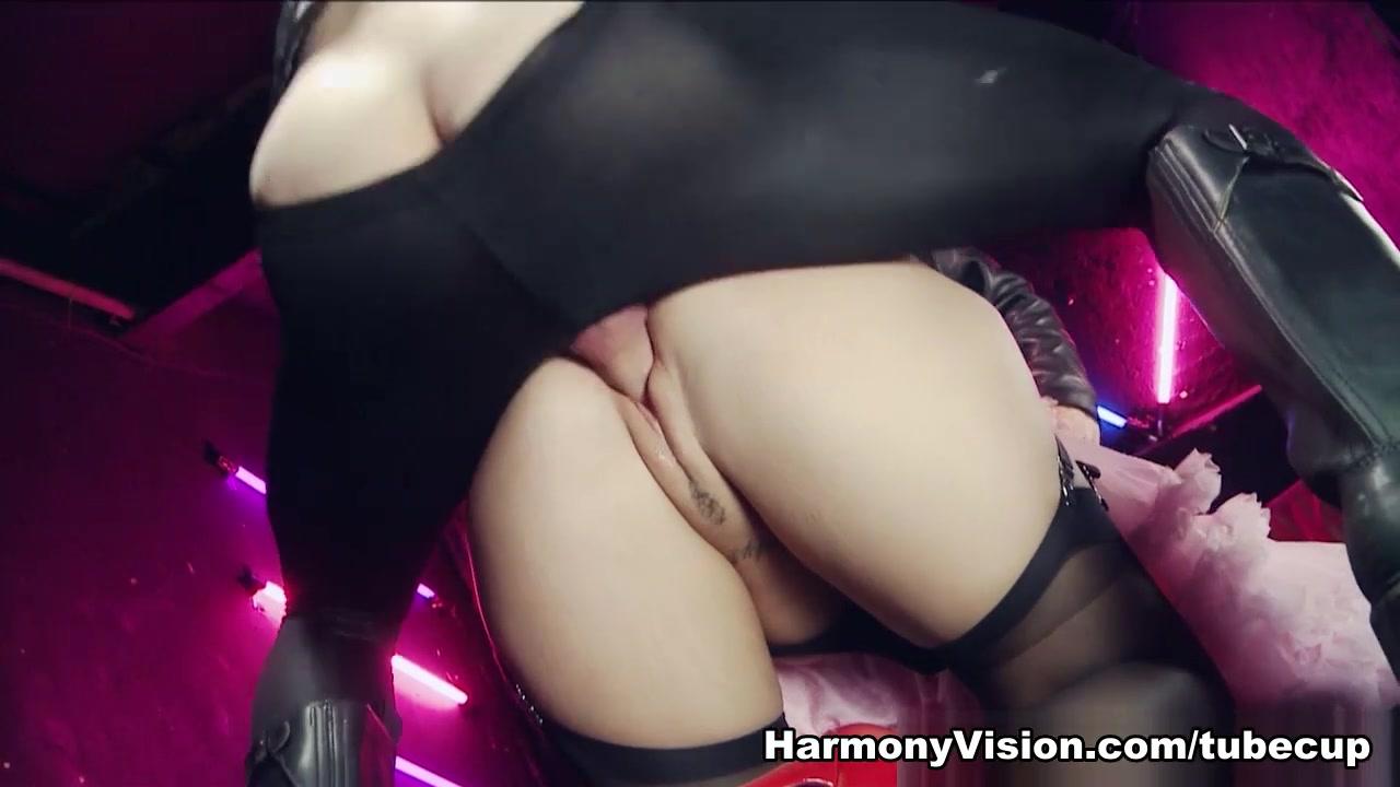 find chicks on skype Porn tube