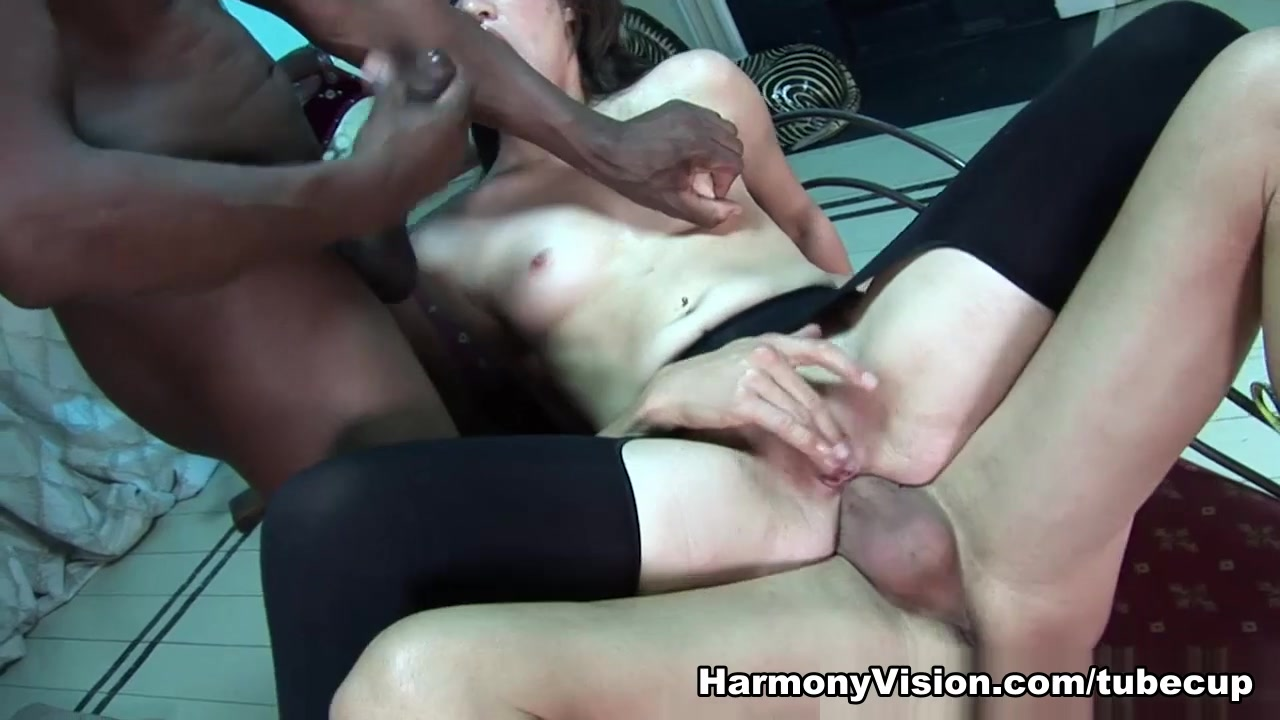 New xXx Video Fisting Blondes Go Deep