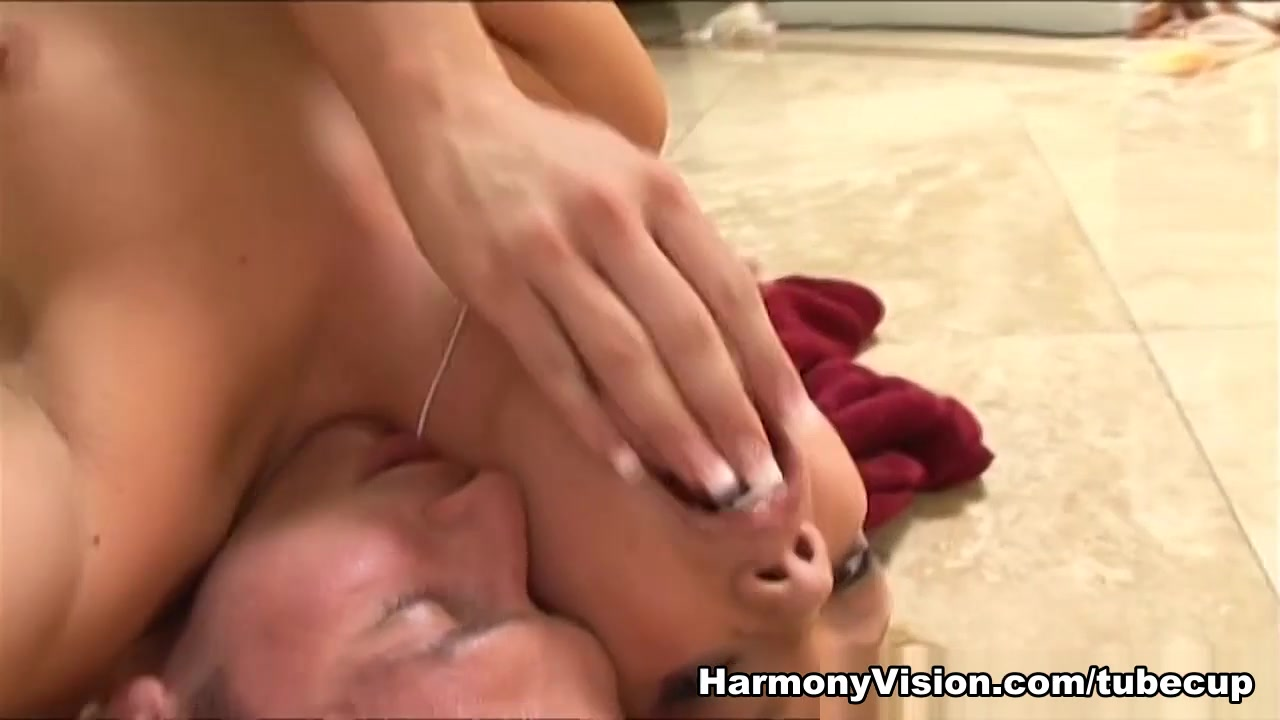 xXx Galleries Gina darling gifs