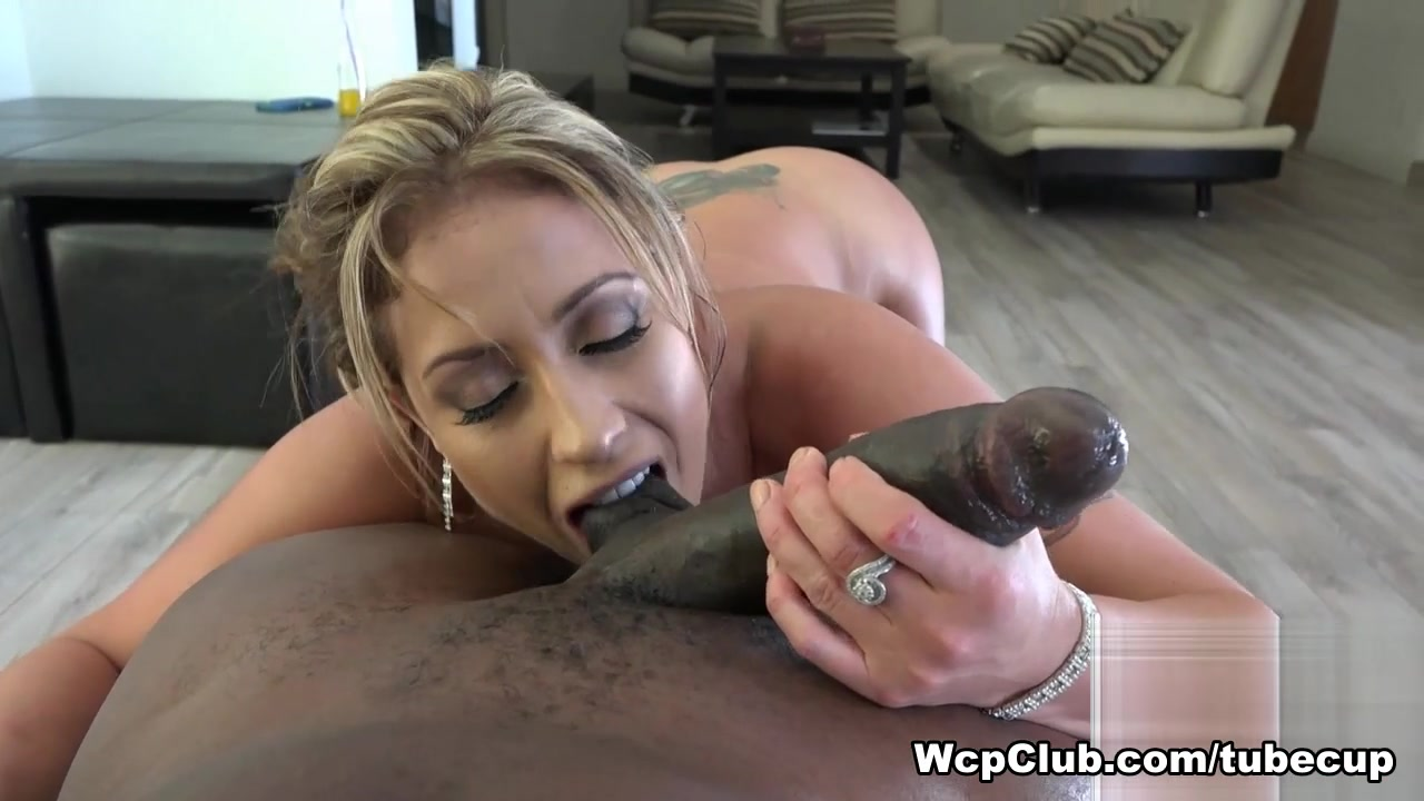 Hottest pornstars Lexington Steele, Eva Notty in Best MILF, POV adult scene Wife dared to get naked in public and fuck stranger