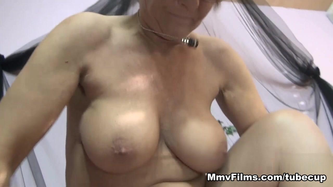 xXx Pics Fat porno pussy up close