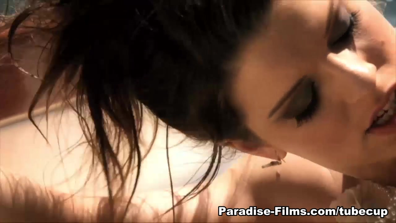 Intip Jilbab Mesum Di Taman Manseflycos Blogspot Com Adult Videos