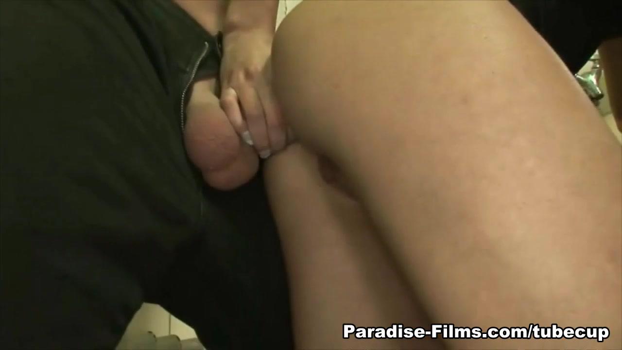 xXx Photo Galleries Fucking my best friend porn