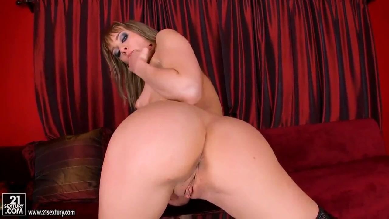 Porn tube Pregnant milf oils her massive tits