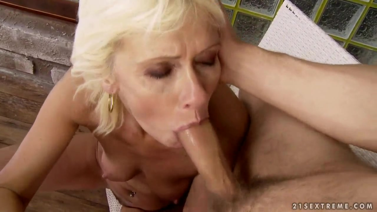 Good Video 18+ Old women fucking old women