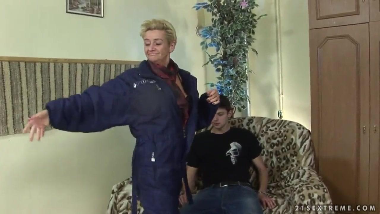 Open legs pics Adult videos