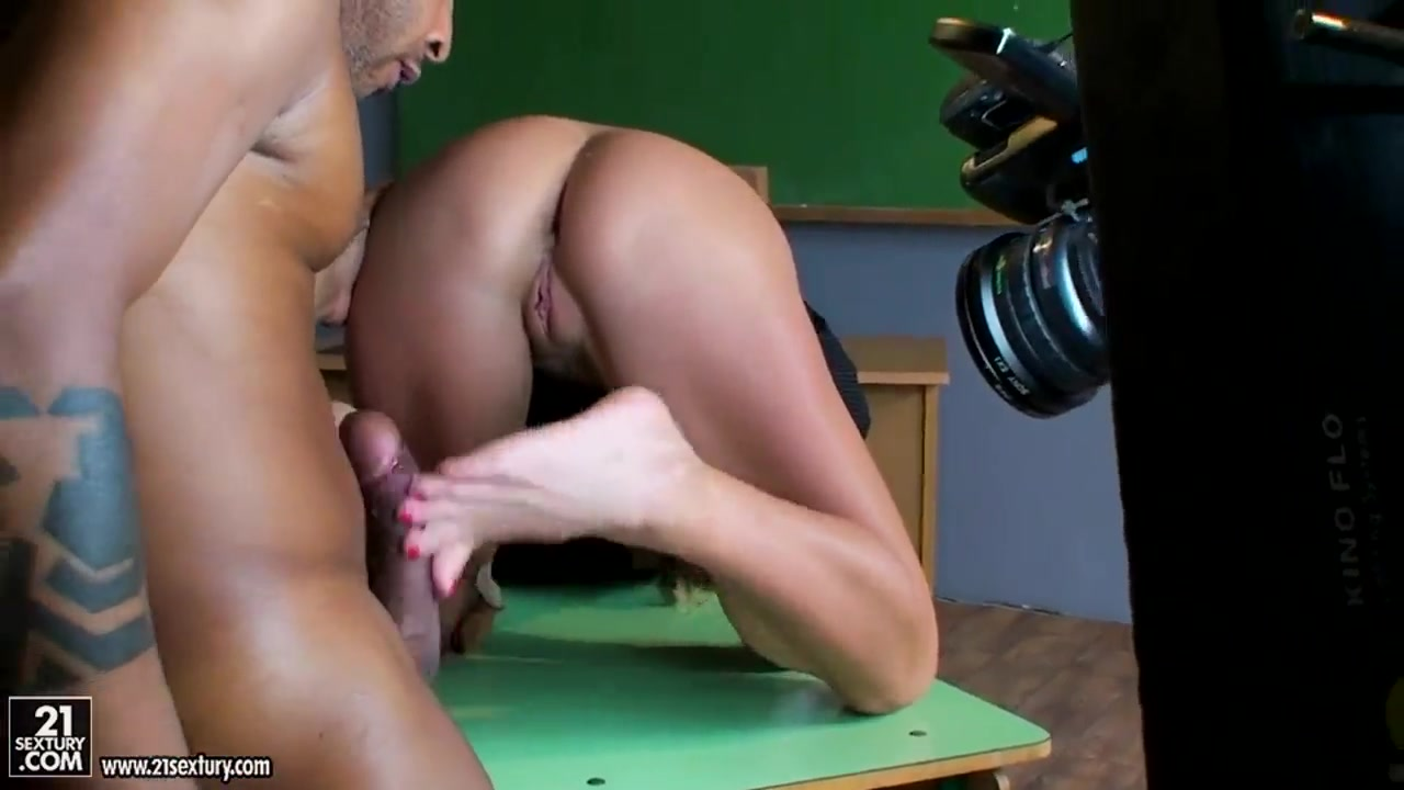 Hot Nude gallery Tinkerbell and ariel porn