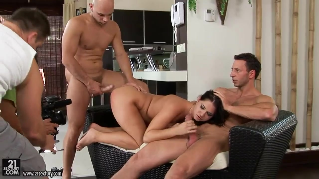 orgasm in front of everyone Sexy xXx Base pix