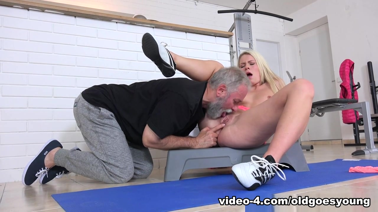 Handjob wet sloppy