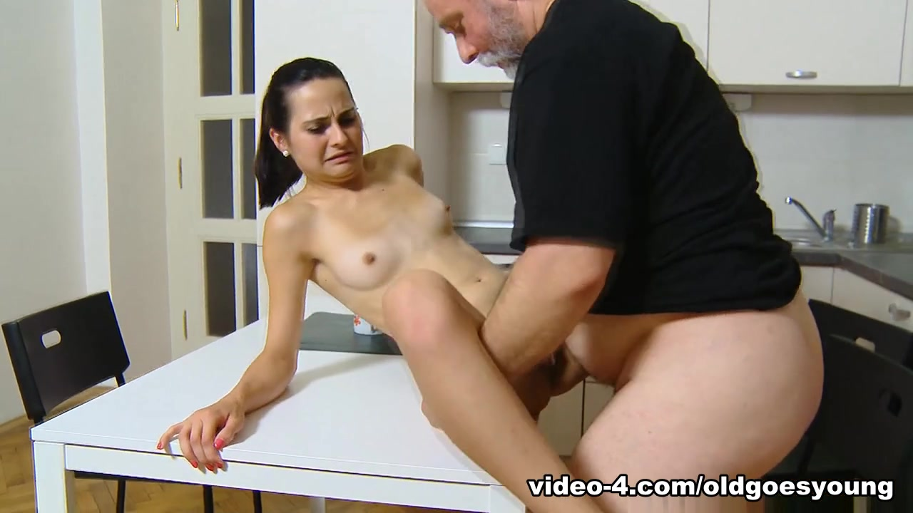 Jennifer love hewitt oops nude Excellent porn