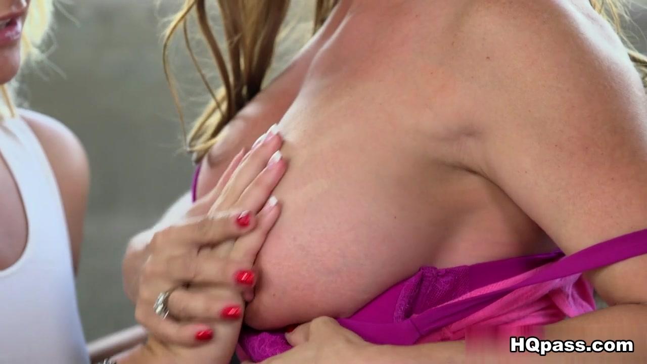 Hot xXx Video Dildo in porno online