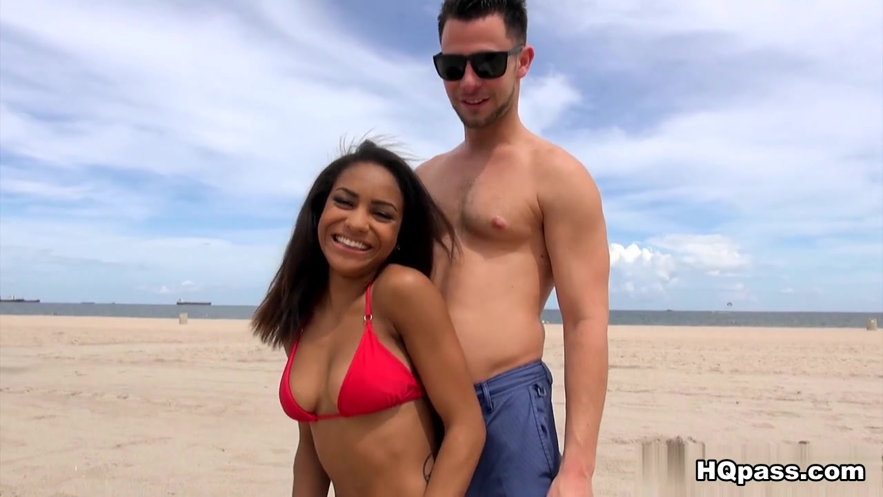 Porn archive Amateur beach wives