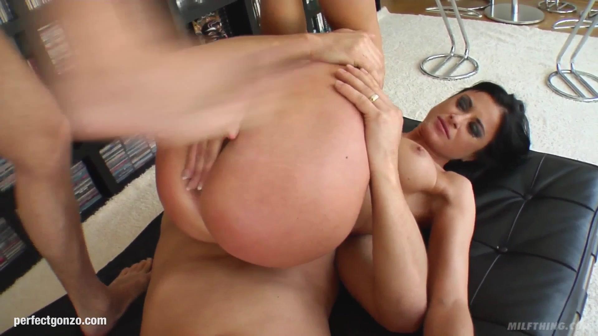 XXX Video Jngle A Sex