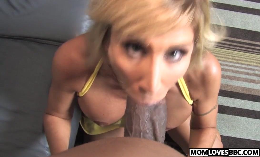 Old milf gets fucked hard XXX Video
