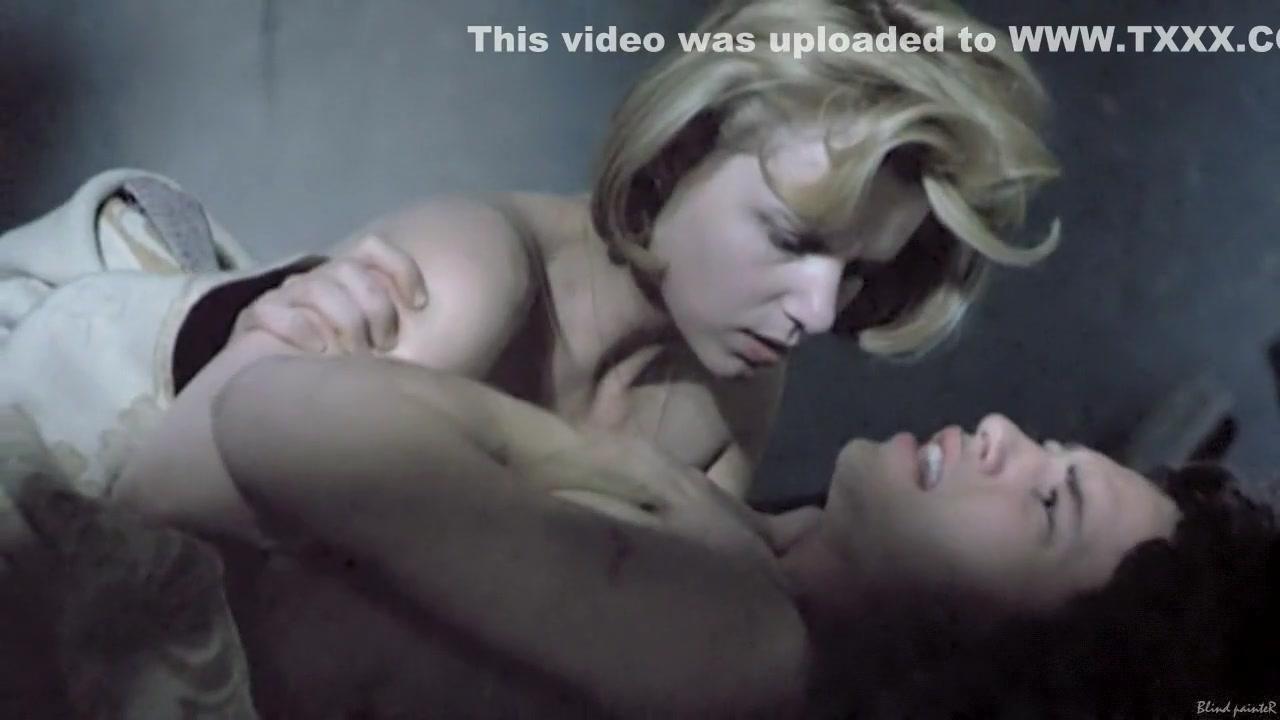 Pron Videos Jen hilton the kiss with trish
