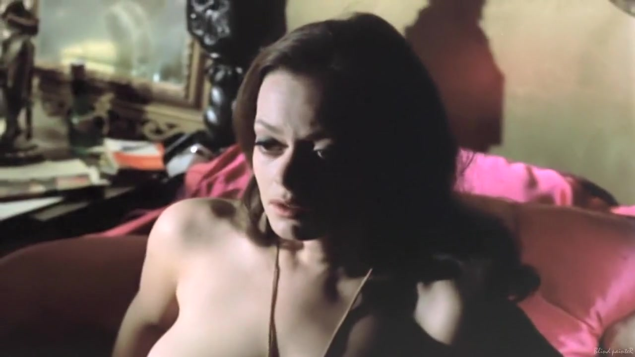 Nude photos Tchatche femme mur