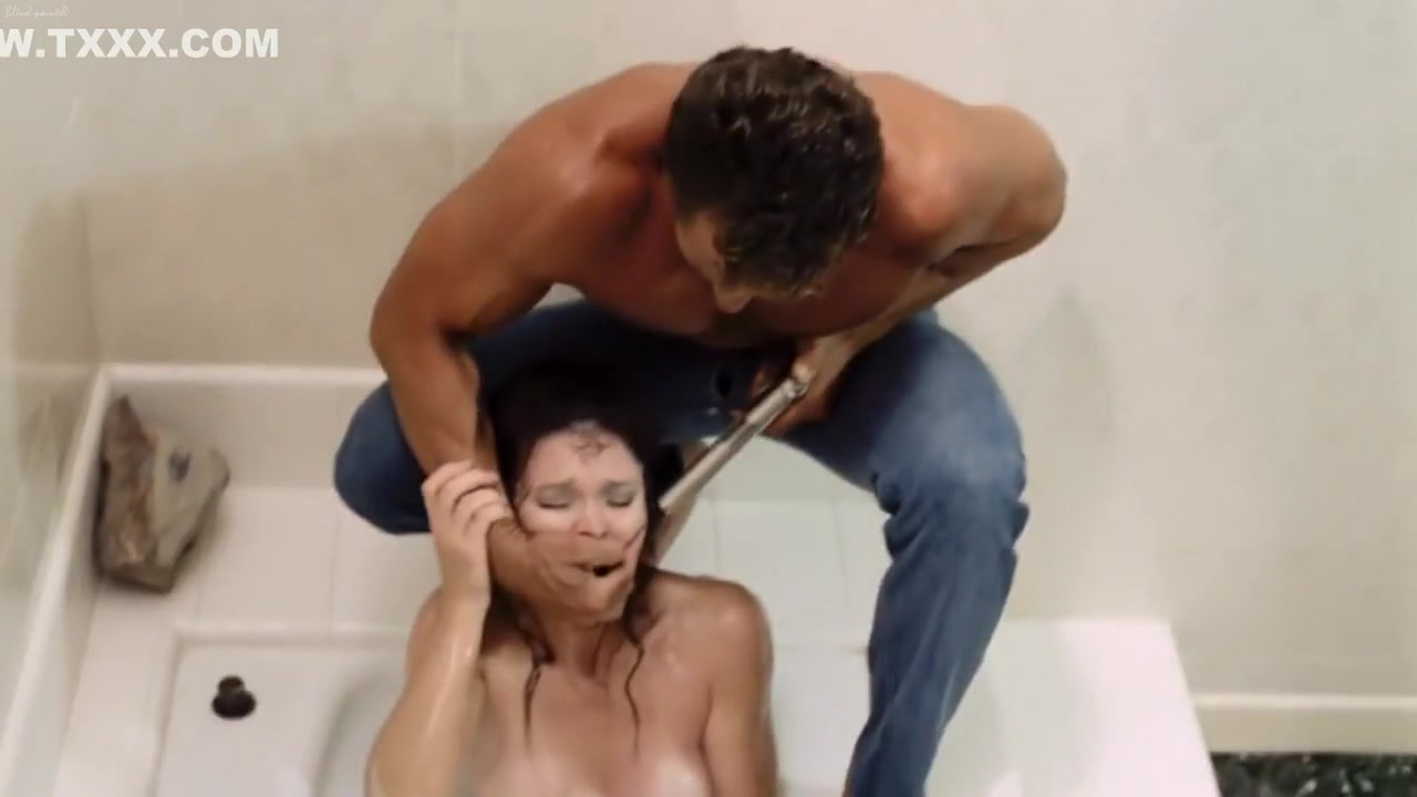 Busty Eva Rubs Her Pu Porn Galleries