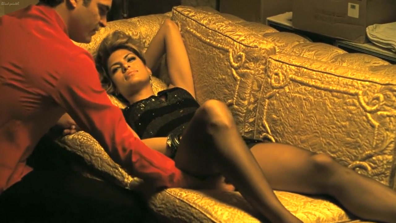 We Own the Night (2007) Eva Mendes Nude desi girl with family