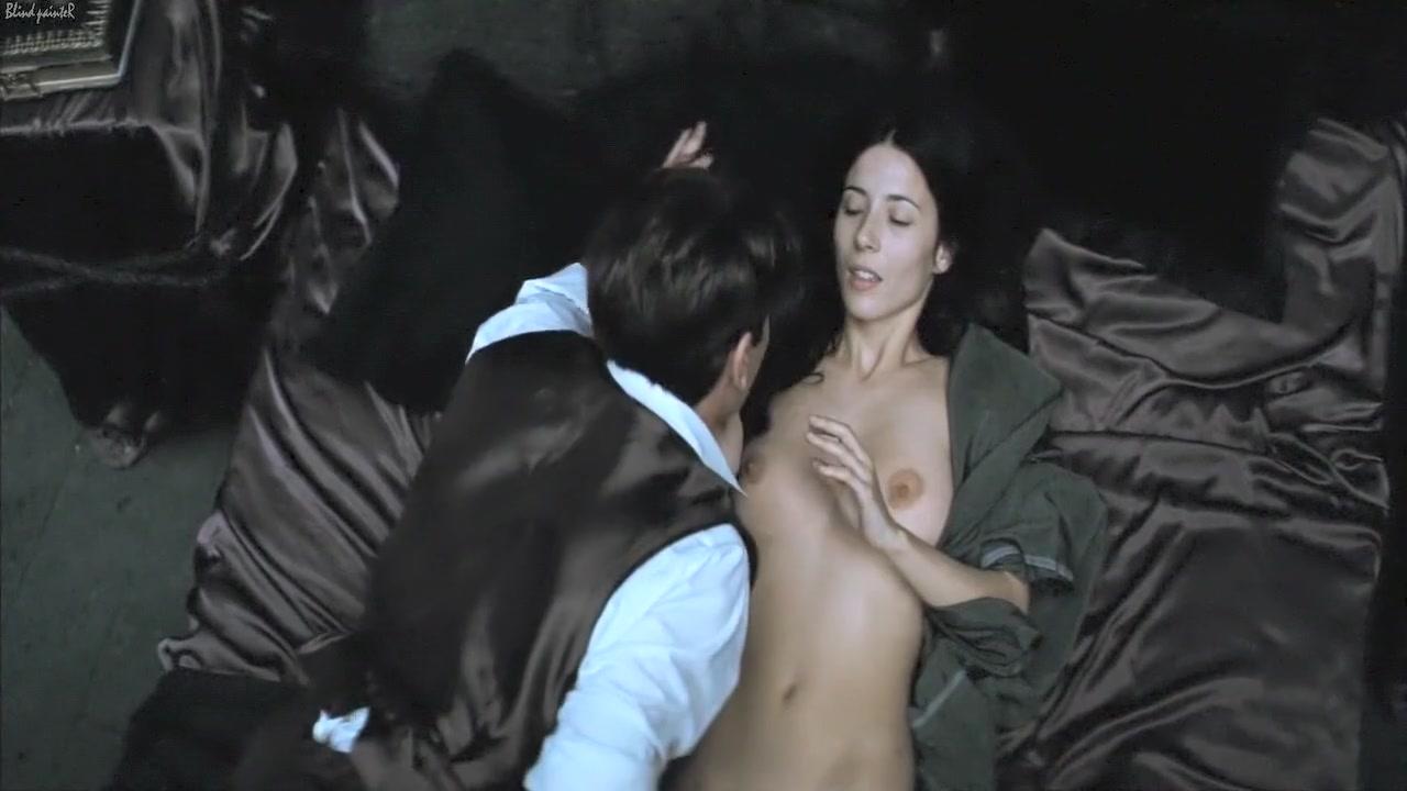 Agnosia (2010) Barbara Goenaga Gif amateur asian girl flash boobs