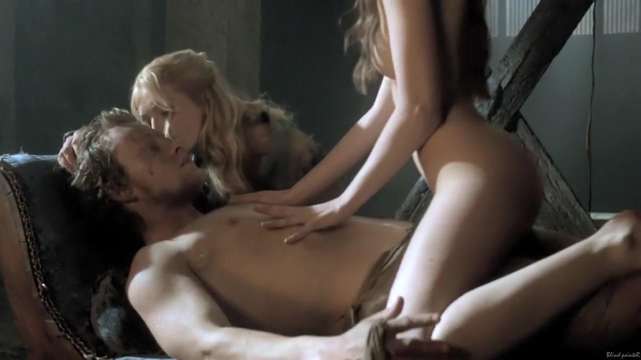 XXX Porn tube Hottest Girls Kissing Girls Compilation