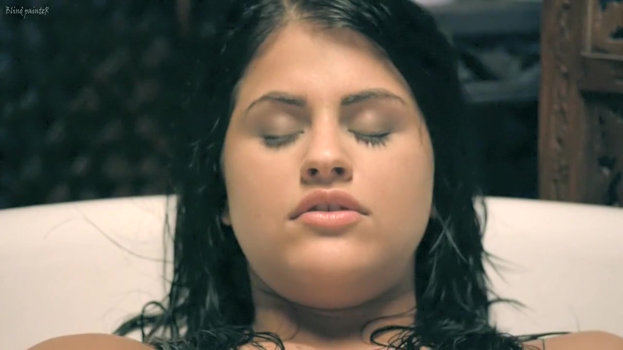 hostel girl slept naked Sexy xxx video