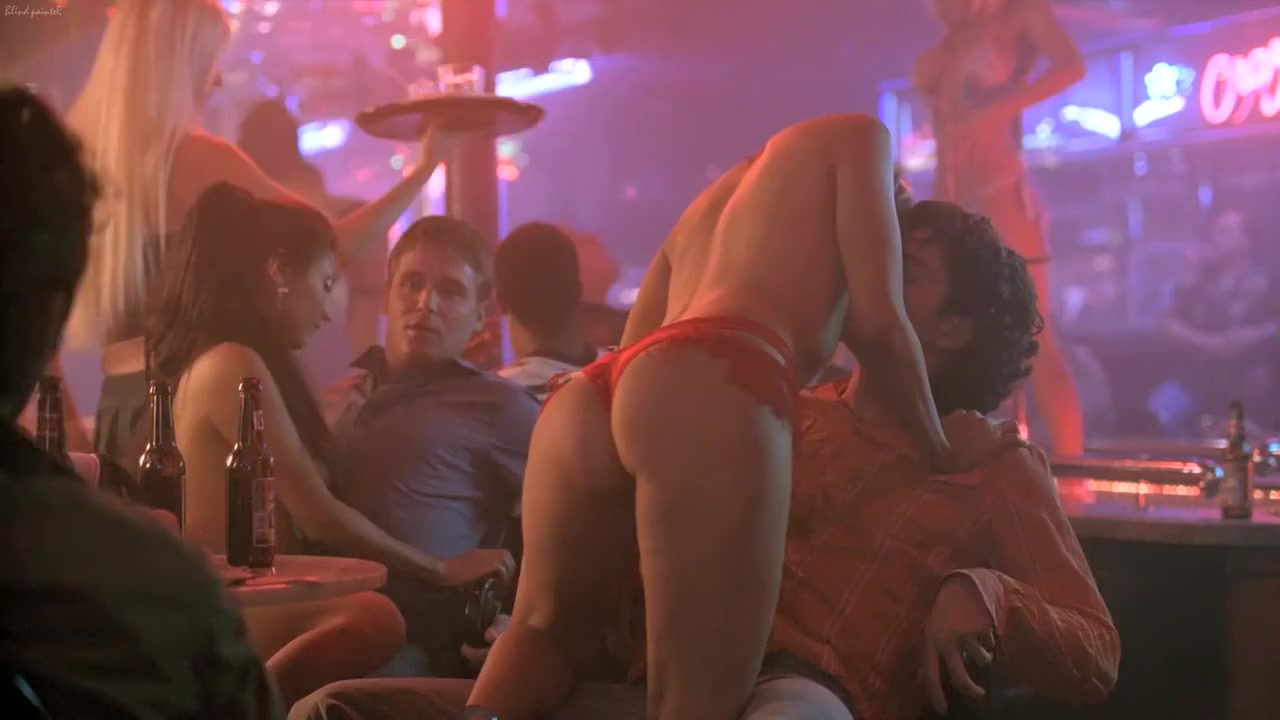 Entourage S01E07-08 (2004) Julian Wells and Others Gif lesbian college drunk tits