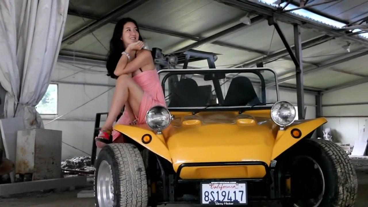 Ebony fucking huge dick Adult videos