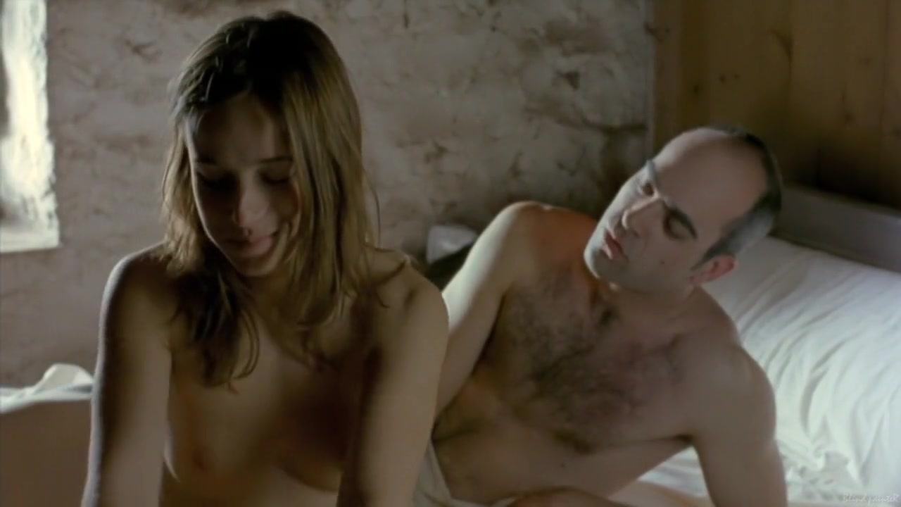 La vida que te espera (2004) Marta Etura volunteers needed for sex study