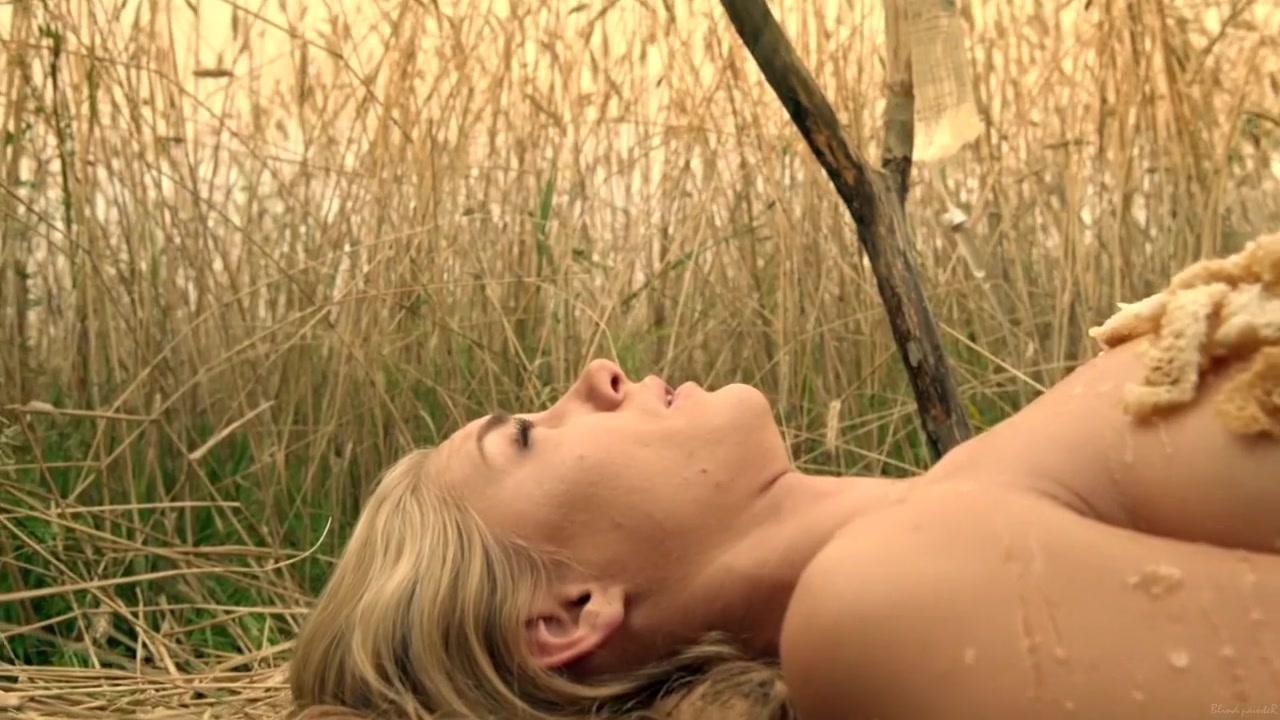 Jessica Sipos Sexy