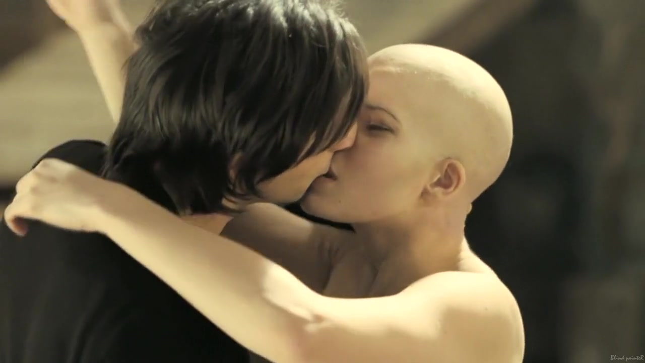 XXX Video Who sings when you love somebody