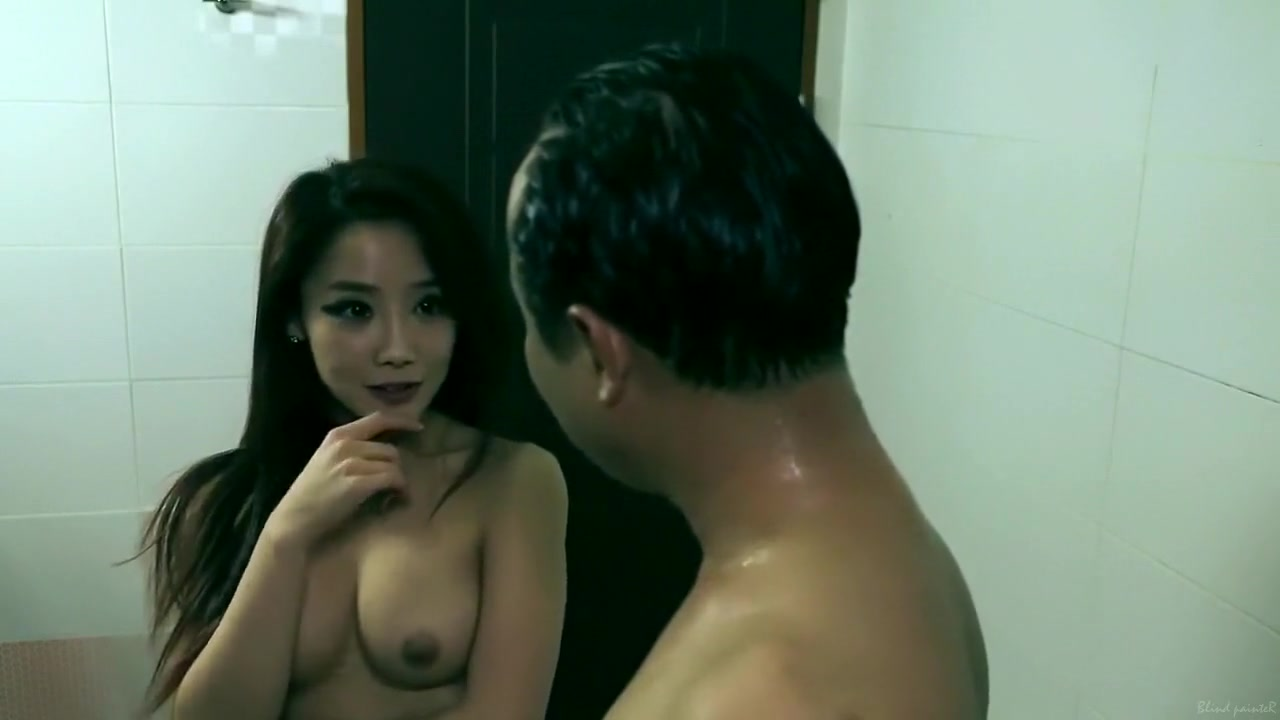 Hot Nude Boiling pot naked chick tits